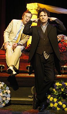 Hamlet and king lear essays